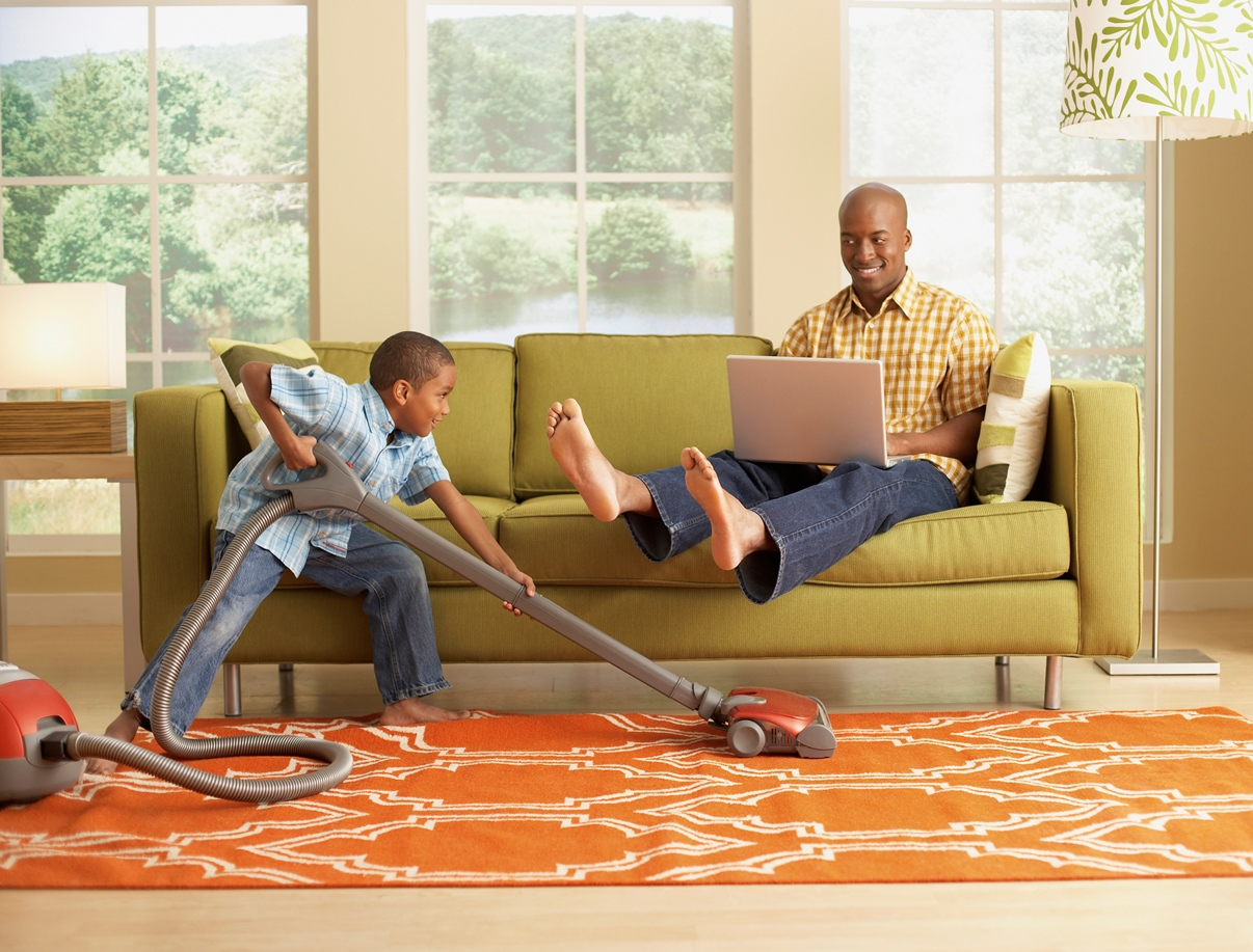 How to Thoroughly Clean Your Apartment - Pangea Real Estate Blog